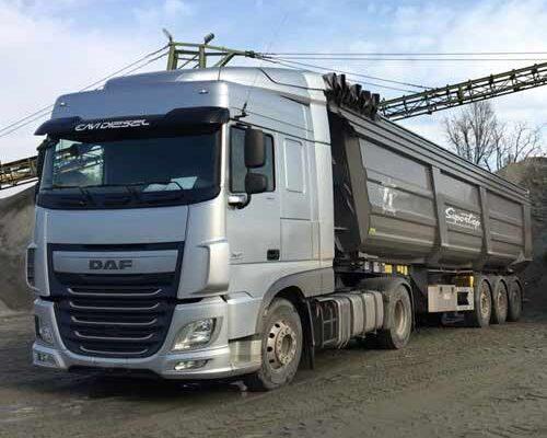 team-job-galleria-camion-montagna-inerti-camion